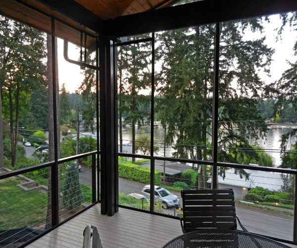 This is looking the other direction over Lake Oswego. Note the second gutter. If your deck looks like this please don't call me. :)